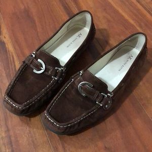 Women's 8 Anne Klein loafers moccasins flats
